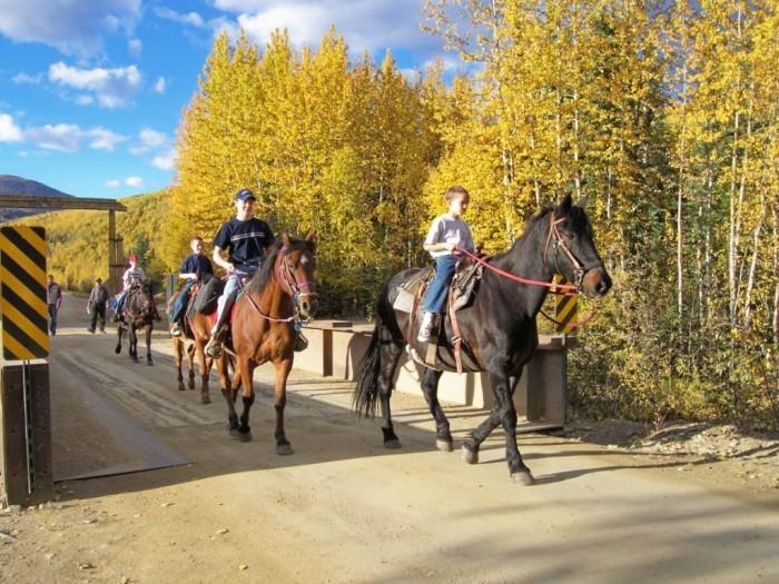 2boys+on+horses+2