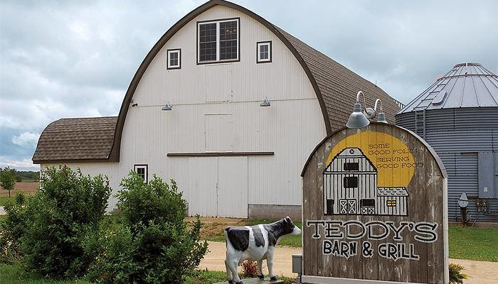 2. Teddy's Barn & Grill, Anamosa