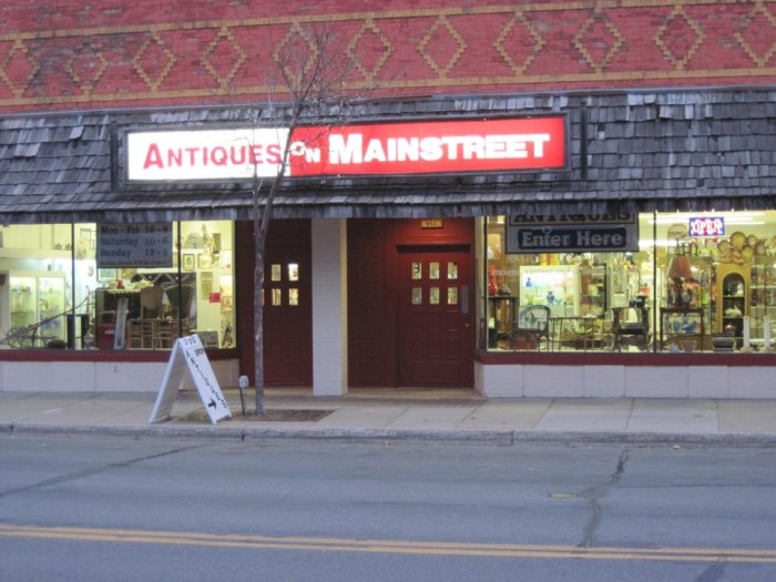 7. Antiques on Mainstreet