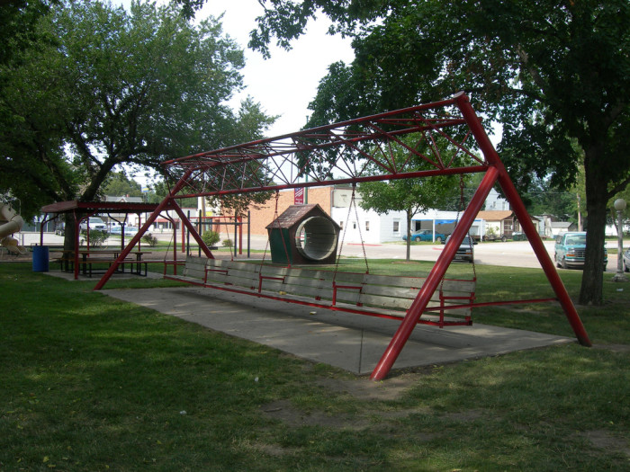 3. The World's Largest Porch Swing, Hebron