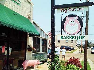 3. Pig Out Inn Barbeque, Natchez