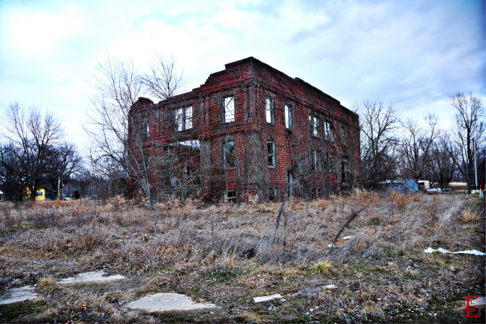 """2. """"Built a century ago when the town of Neosho Falls seemed destined to be the county seat, ruin followed when another town was chosen...."""""""
