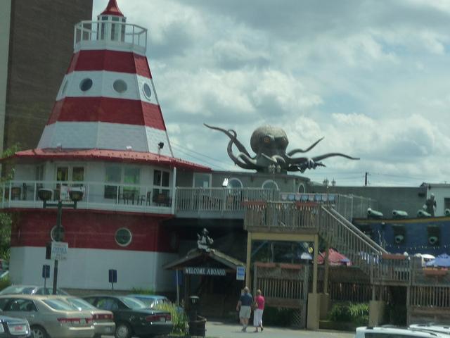 6. Cooper's Seafood Restaurant, Scranton