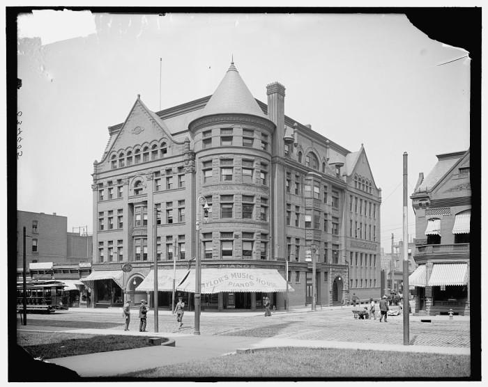 2. YMCA building in Springfield, 1910