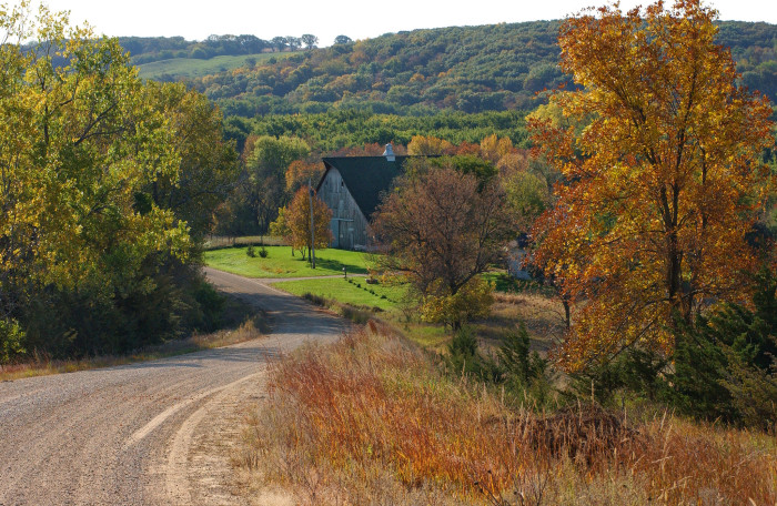 5. The Iowa countryside is the most beautiful place during the changing of the seasons.