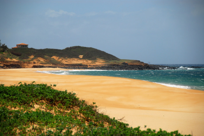5) Papohaku Beach