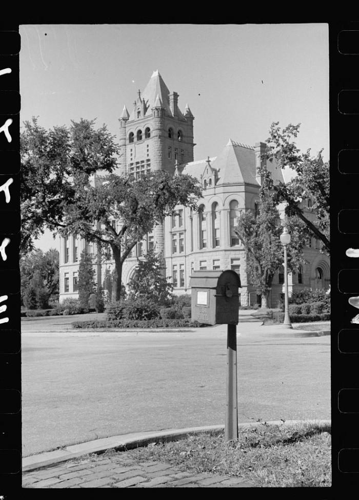 36. County courthouse, Beatrice, Nebraska - 1938