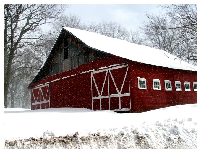 4) This pop of red is positively perfect against the snow at this Garret County Barn.