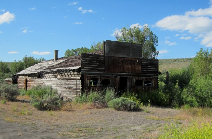 7. This abandoned store is located in Patsville, Nevada. Patsville is a former mining town that only lasted from 1932 to 1949.