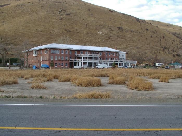 6. Hot Lake Hotel and Hot Springs