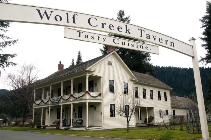 4. Wolf Creek Inn