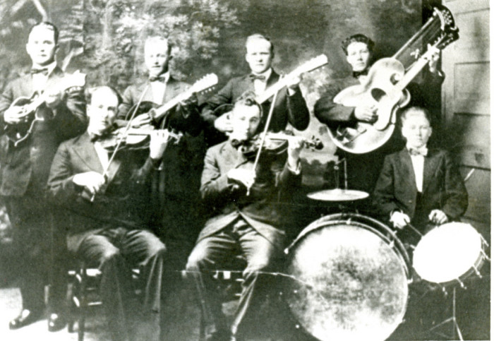 6. Live music back in the day was courtesy of the Gibbson String Orchestra, 1915
