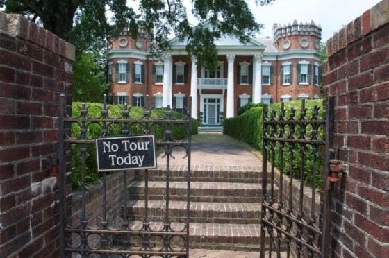 7. Walter Place, Holly Springs