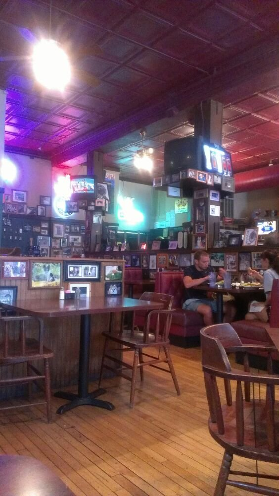 8.2. R.T. Weiler's, St. Charles