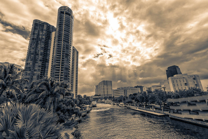6. And I love how dramatic Fort Lauderdale looks in black and white.