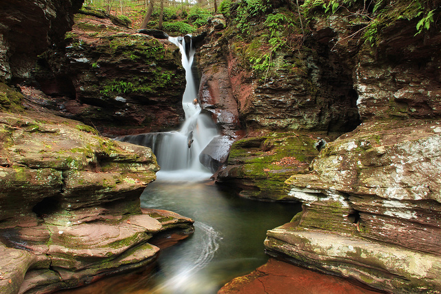 9. Waterfalls populate the United States' natural scenery. The most popular waterfalls in Pennsylvania are in Ricketts Glen State Park. Pictured is Adams Falls.