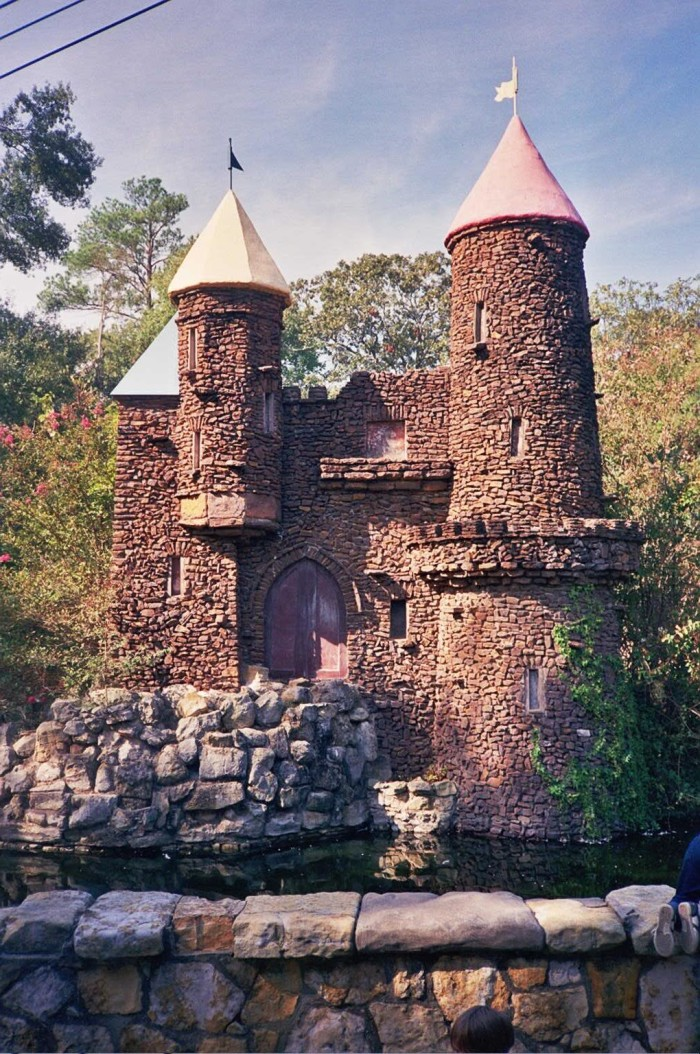 3. Monkey Island Castle at the Jackson Zoo, Jackson