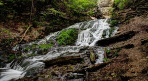 Everyone In Iowa Must Visit This Epic Waterfall As Soon As Possible