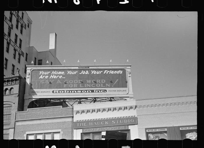 3. Civic spirit sign, Lincoln, Nebraska - 1938