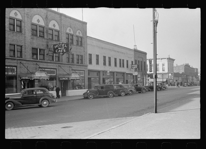 25. Palace Hotel where Mildred Irwin lives. She entertains in the saloon on the corner. North Platte, Nebraska - 1938