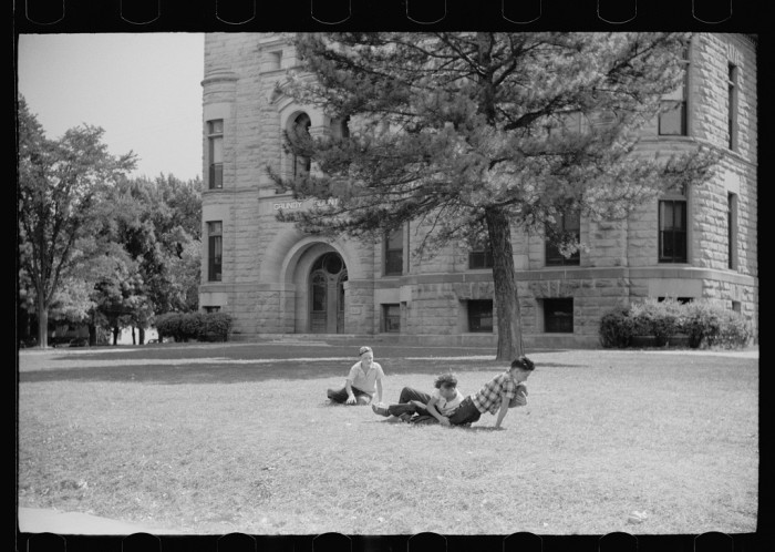 2. A proud courthouse, which was often the site of picnics and playing.