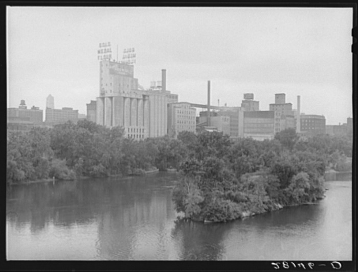 2. Minneapolis was the center of industry.