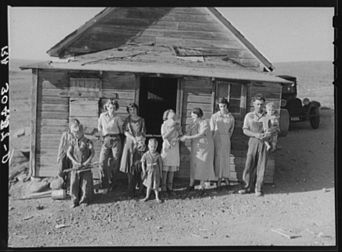 "5. ""The Frank Weeks family living on farm near Williston, North Dakota"""