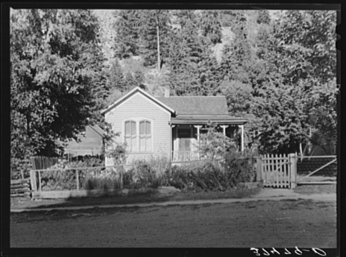 """4. """"Cottage home in Ouray, Colorado."""""""