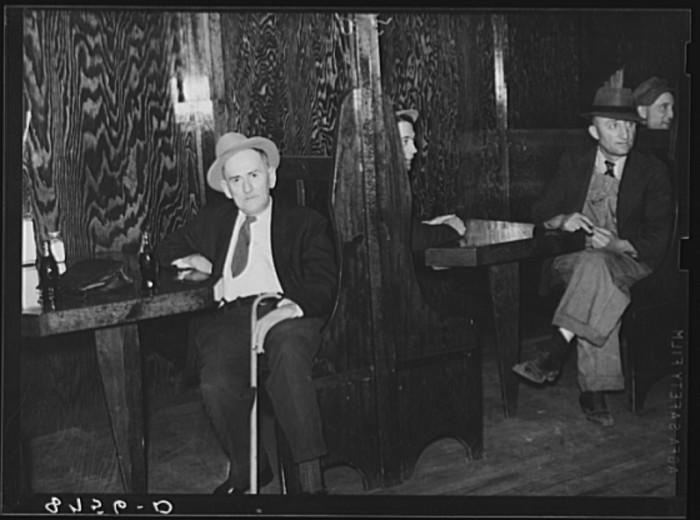 27. Men in booths. North Platte, Nebraska. Saloon - 1938
