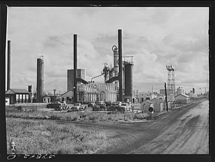 "9. ""Barnsdall oil refinery."""