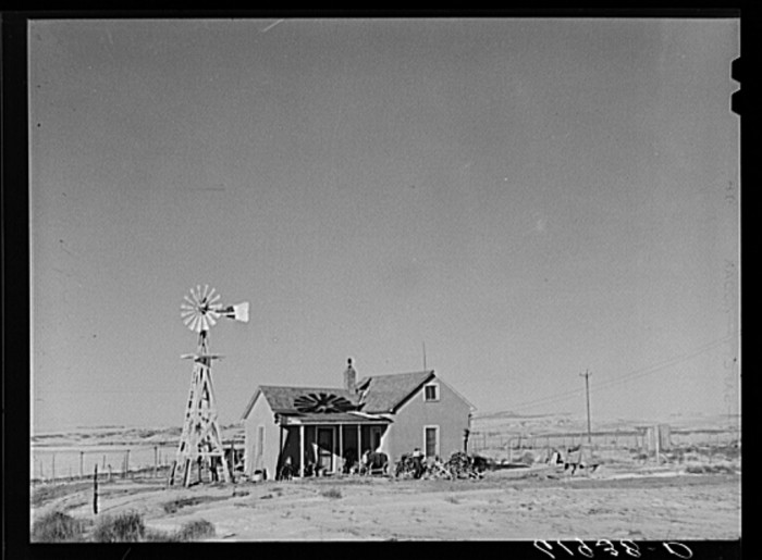 19. This Sheridan County farmhouse looks so lonely in its dry, dusty surroundings - 1940.