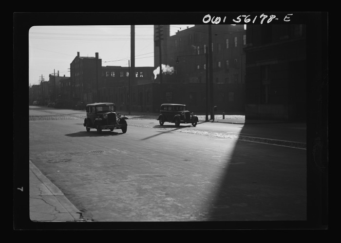 4. South 5th Street in Philadelphia looks very different in 1938.