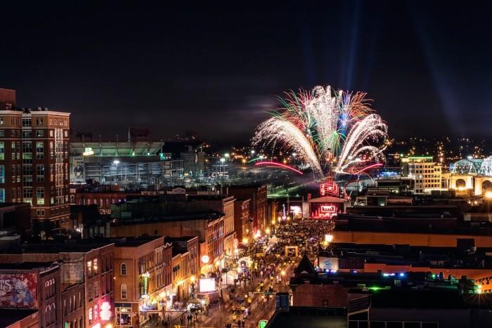 9) The Nashville fireworks extravaganza