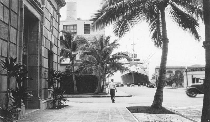 4) A ship seen in the dock from Bishop Street, in downtown Honolulu.