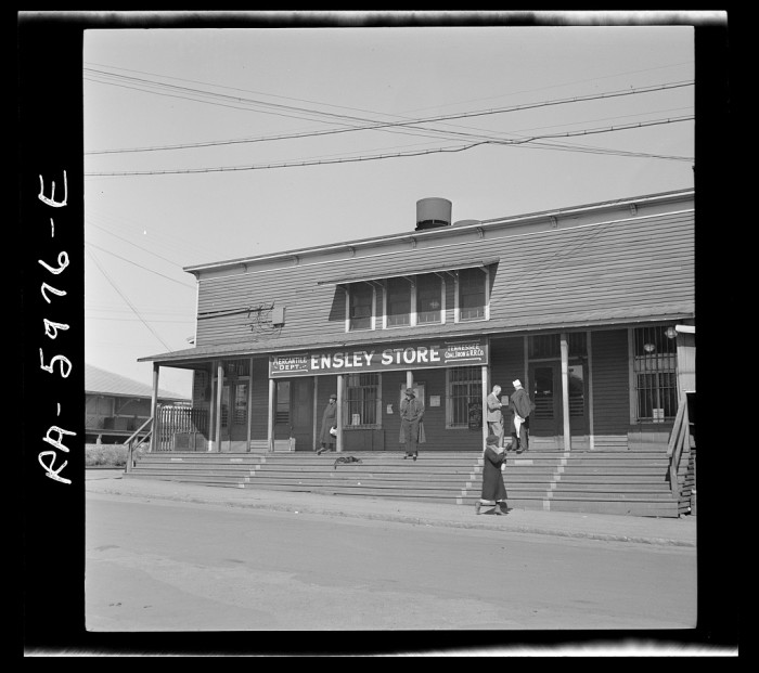5. A company store for steel workers in Ensley, Alabama.