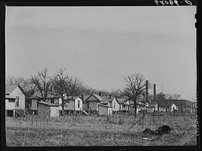 4. A group of company houses near a cotton mill in Gadsden -  December 1940.
