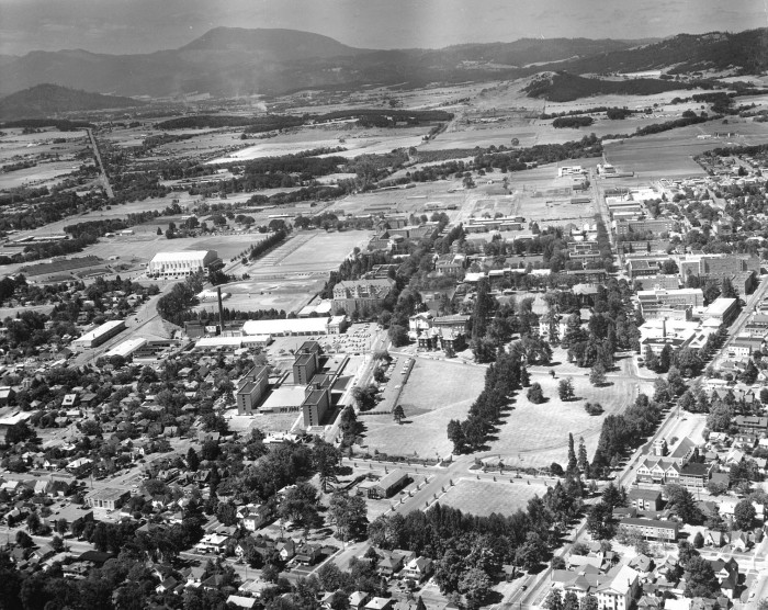 10. An aerial photo of Oregon State University campus, 1964.