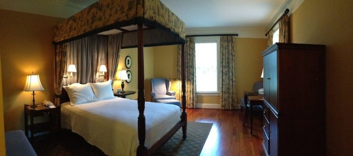 Berry Hill Room