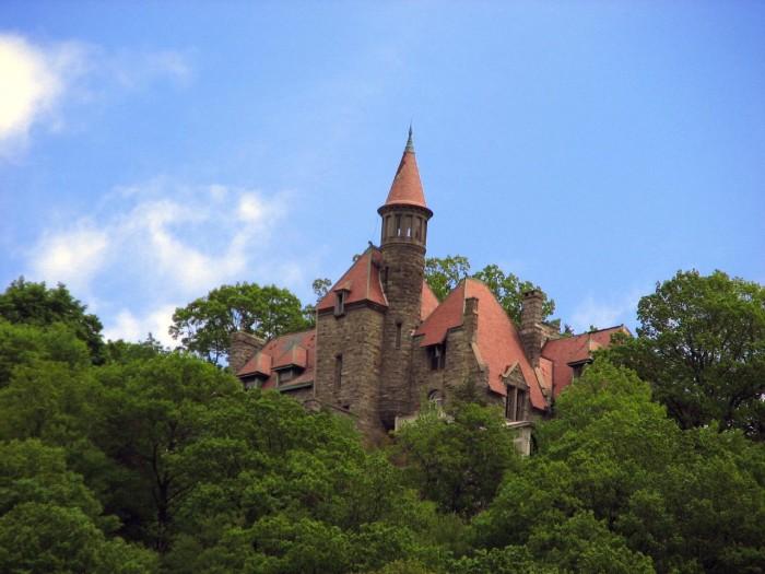 13. Castle Rock, Garrison