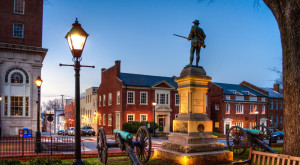 These 12 Perfectly Picturesque Small Towns In Virginia Are Delightful