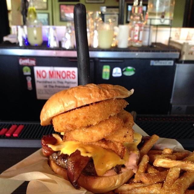 Oregon: The Buffalo Bill Burger at Cornucopia (Eugene)