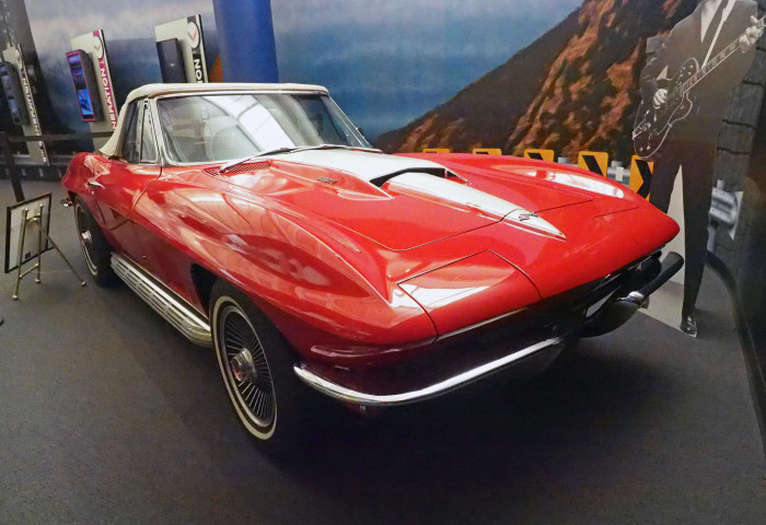 9. Corvettes