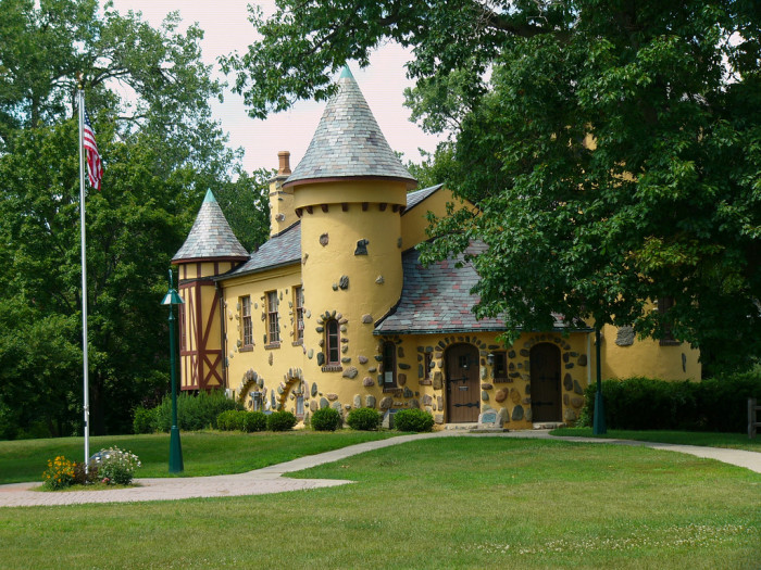 6) Curwood Castle, Owosso