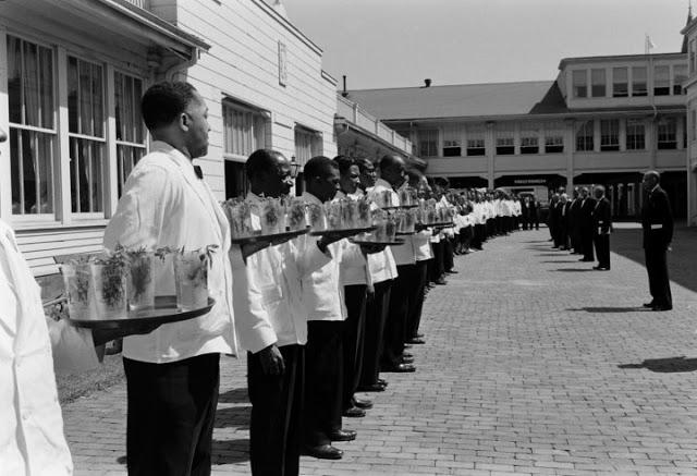 14. Derby Clubhouse waiter staff