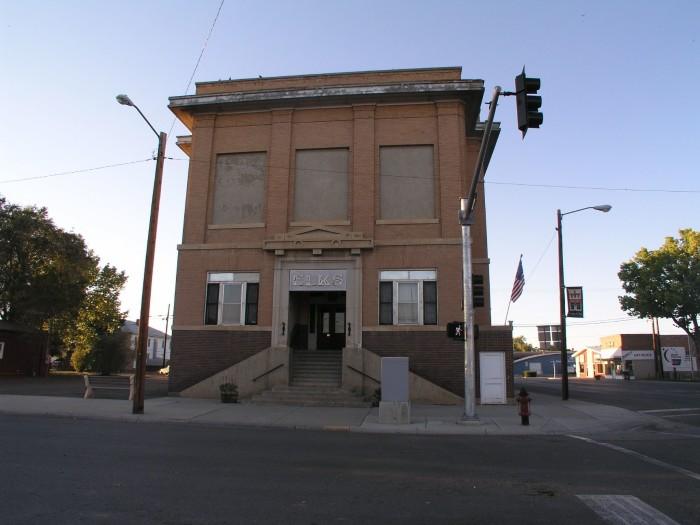 7. Elks Lodge 537, Miles City