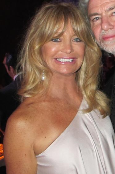 12) Goldie Hawn