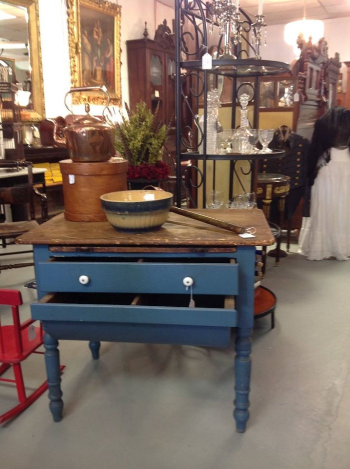 - 15 Places In Virginia To Find Amazing Antiques.
