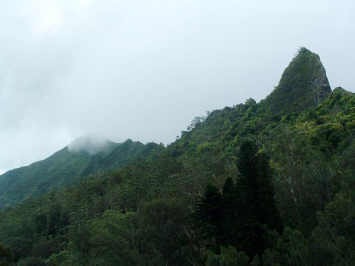 11. Hawaii: Nu'uanu Pali Lookout on the island of O'ahu