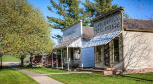 These 10 Historical Villages In Iowa Will Transport You To A Different Time