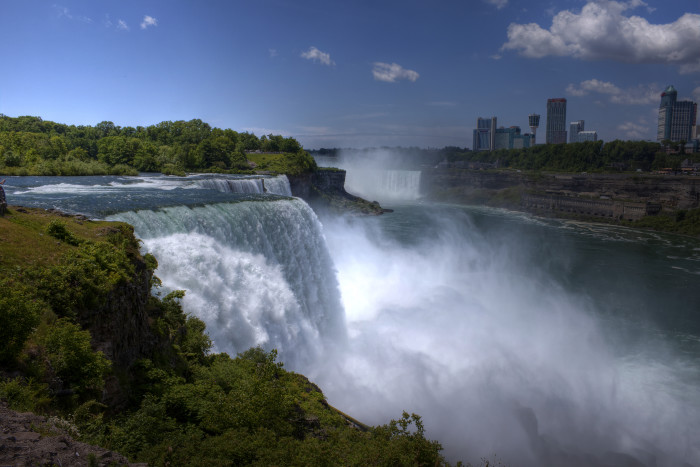 9. Have you been to Niagara Falls?